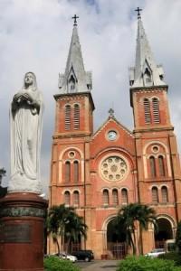 La Cathédrale de Saigon © Brice Charton