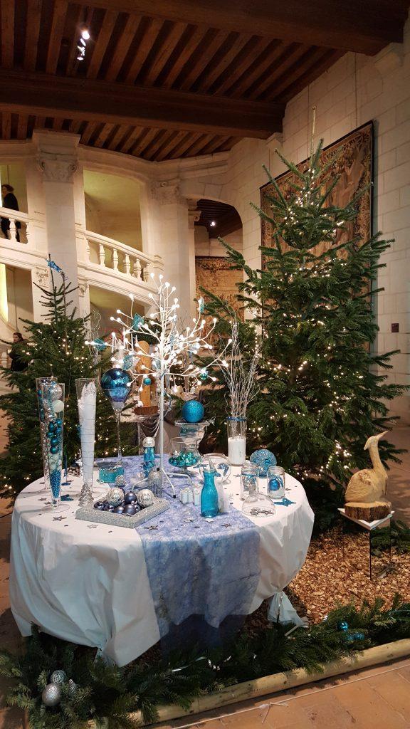 Table de Fête blanche et bleue(c)MF Souchet