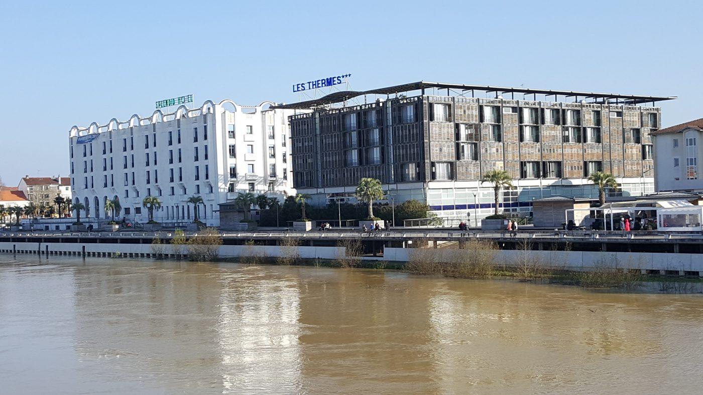 Les deux Hôtels(c)MF Souchet