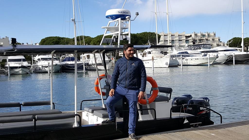 Matthieu et son Taxi Boat(c)MF Souchet