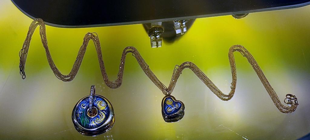 Collection capsule avec diamants (c) MF Souchet