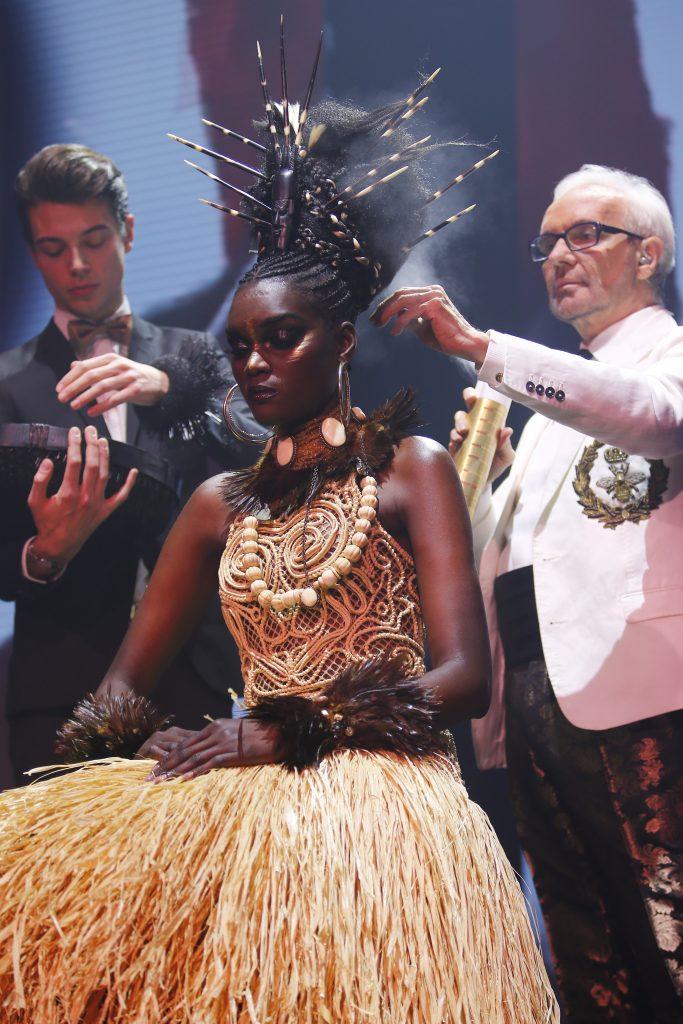 Création chignon africain par Jean-Luc Minetti(c)Jean-Pierre Duplan