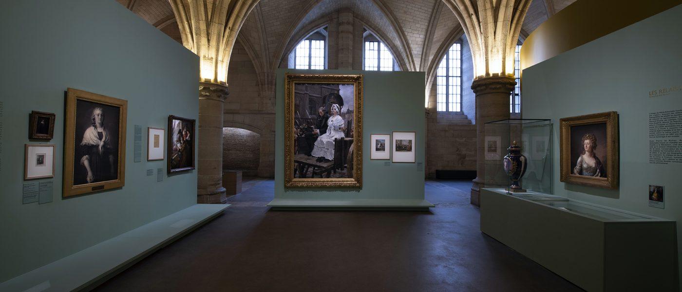 Marie Antoinette: l'éclat et l'écart.