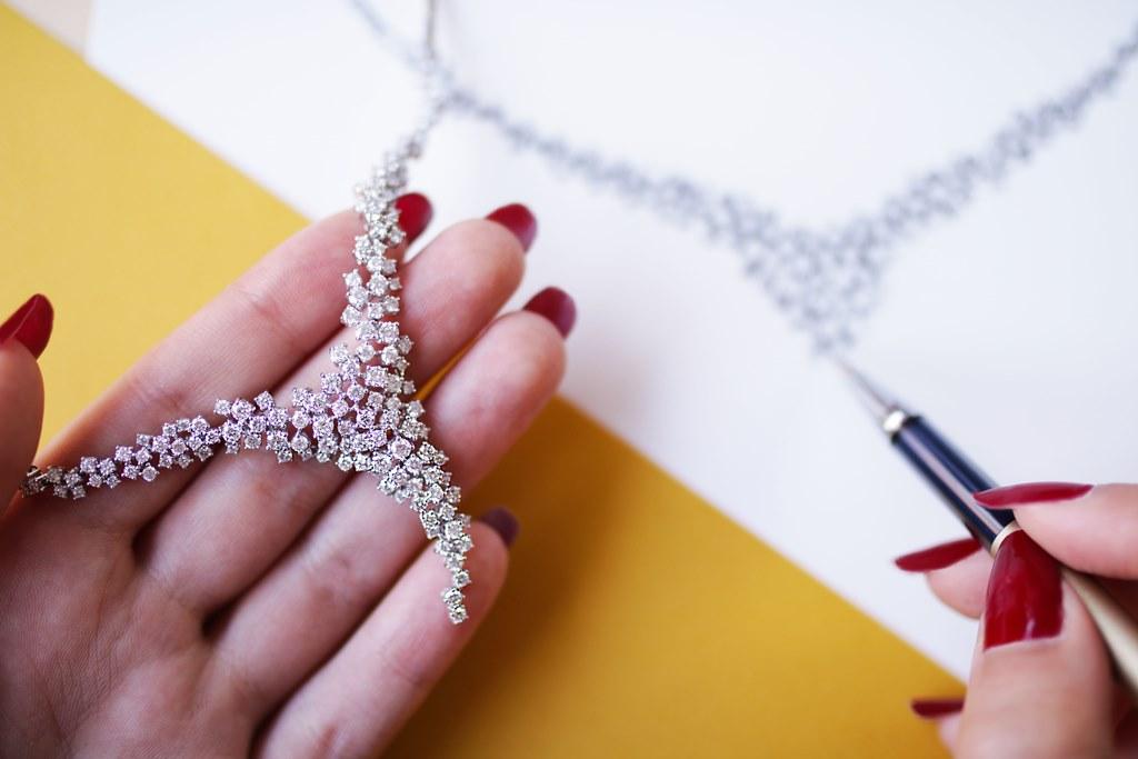Création collier en diamants(c)Baunat
