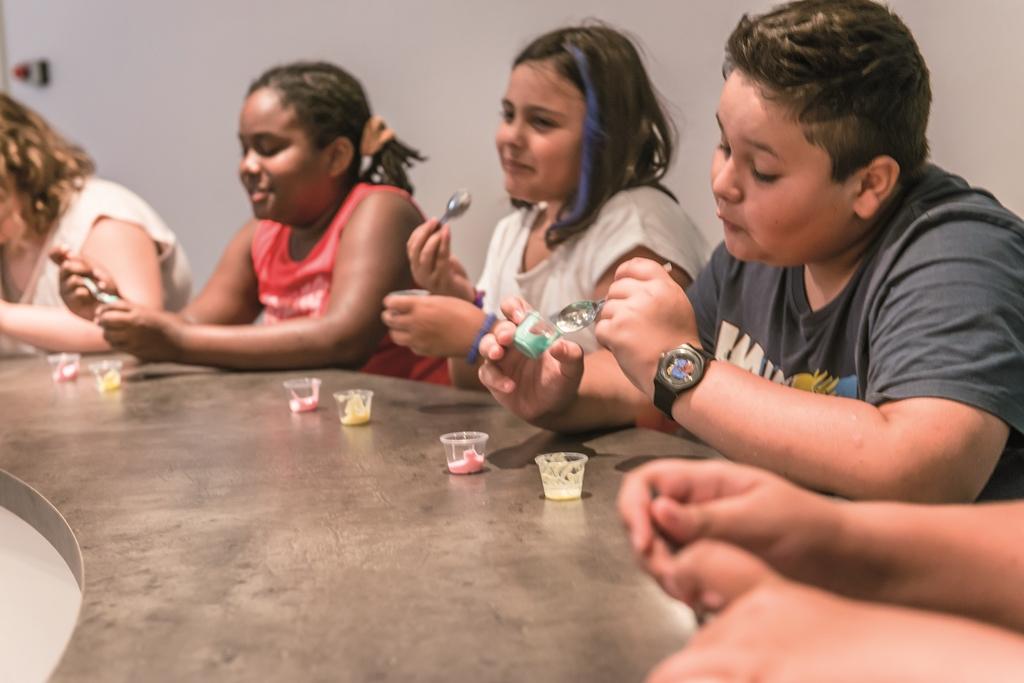 Les enfants apprennent à bien manger(c)Brides-les-Bains