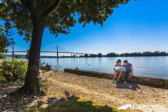 Vallée de Seine - Caudebec-en-Caux ©CDT Seine Maritime Photo V.Rustuel vue sur le Pont de Brotonne