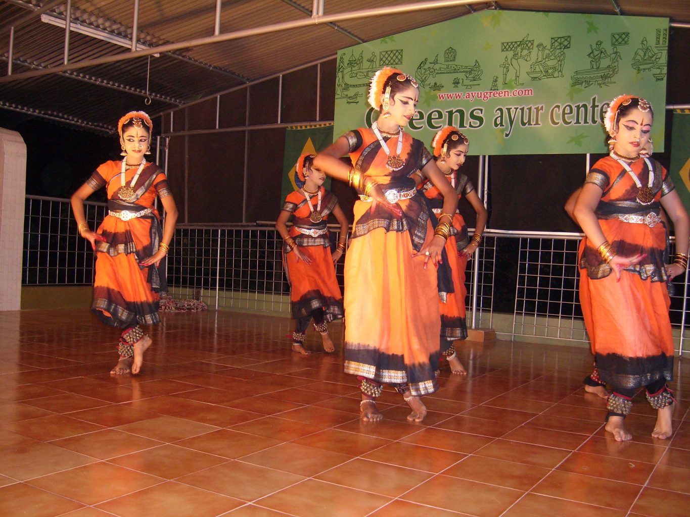 Danses traditionnelles (c)Greens Ayurveda
