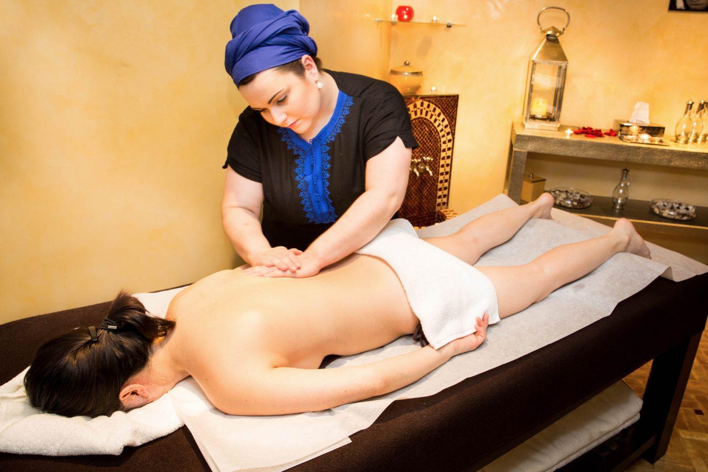 Massage sur table(c)Les Cent Ciels