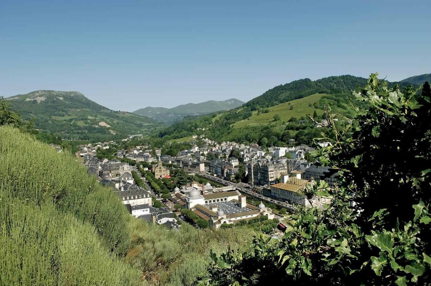 La Bourboule, la ville et les Thermes(c)Joël Damase Route des Villes d'Eaux du Massif Central