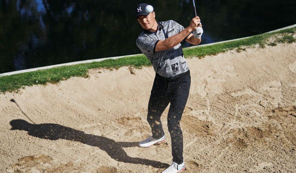 Les golfeurs chaussent Under Armour