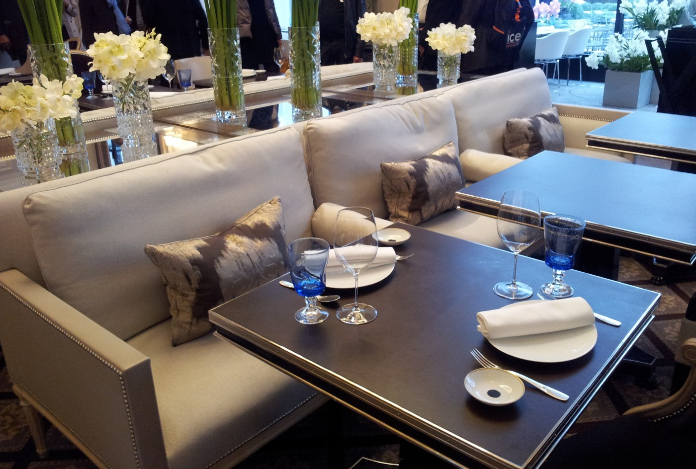 Tables au Four Seasons George V signés Counot-Blandin©MF Souchet