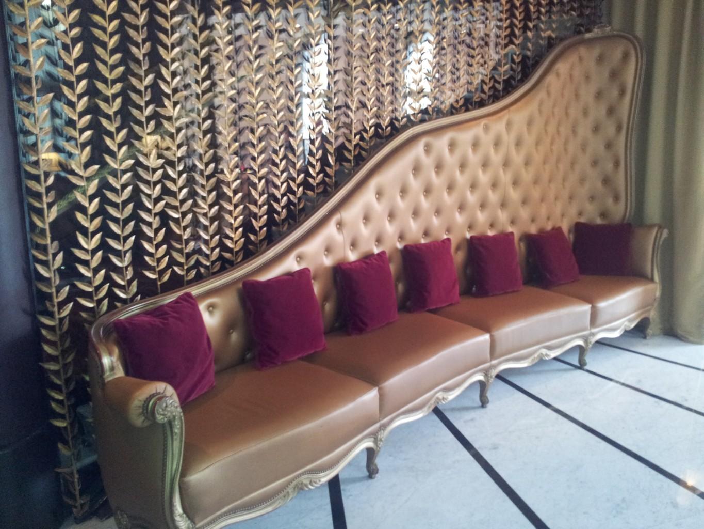 Banquette Lobby du Fouquet's©MF Souchet