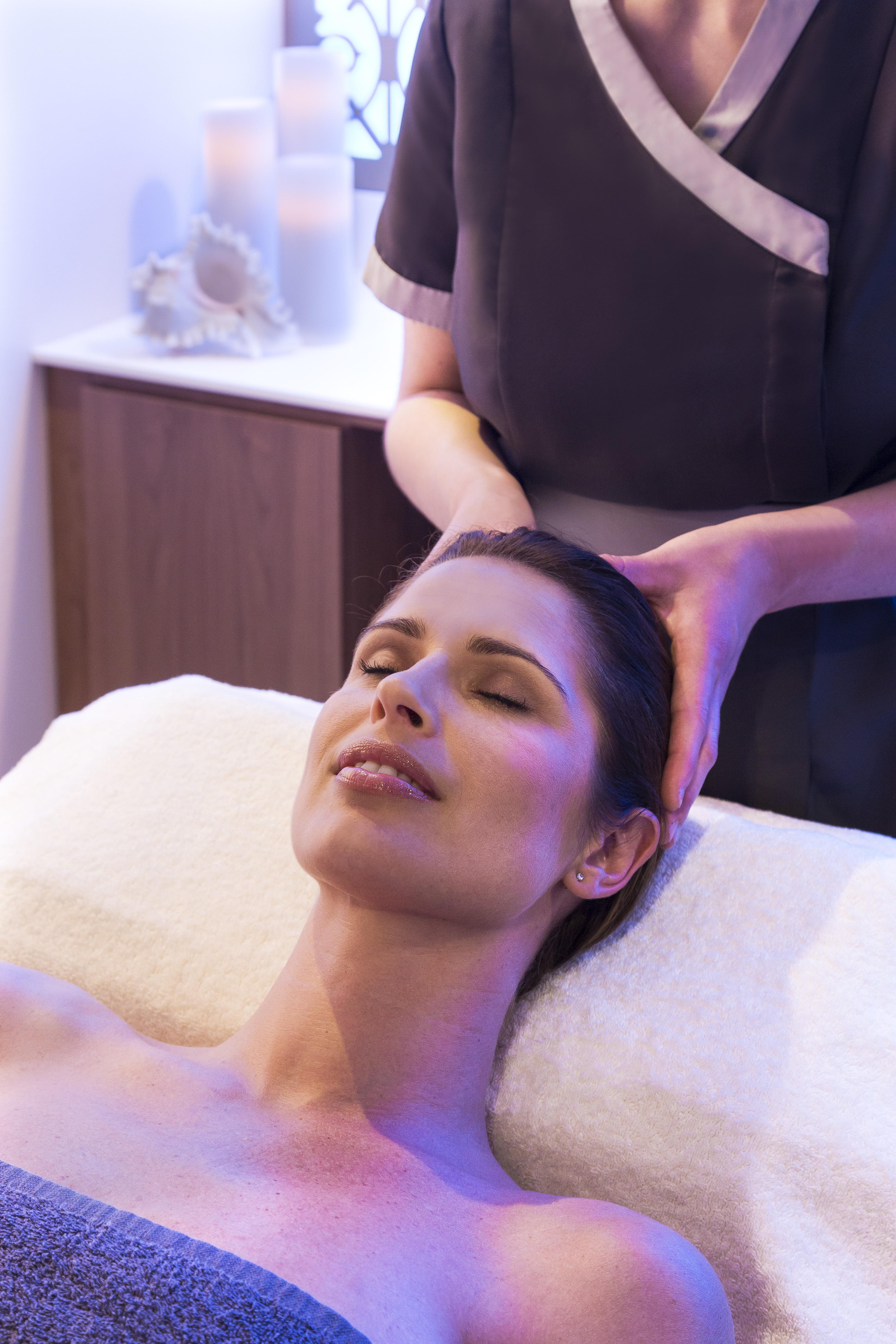 Les délices du massage ©Fabrice Rambert