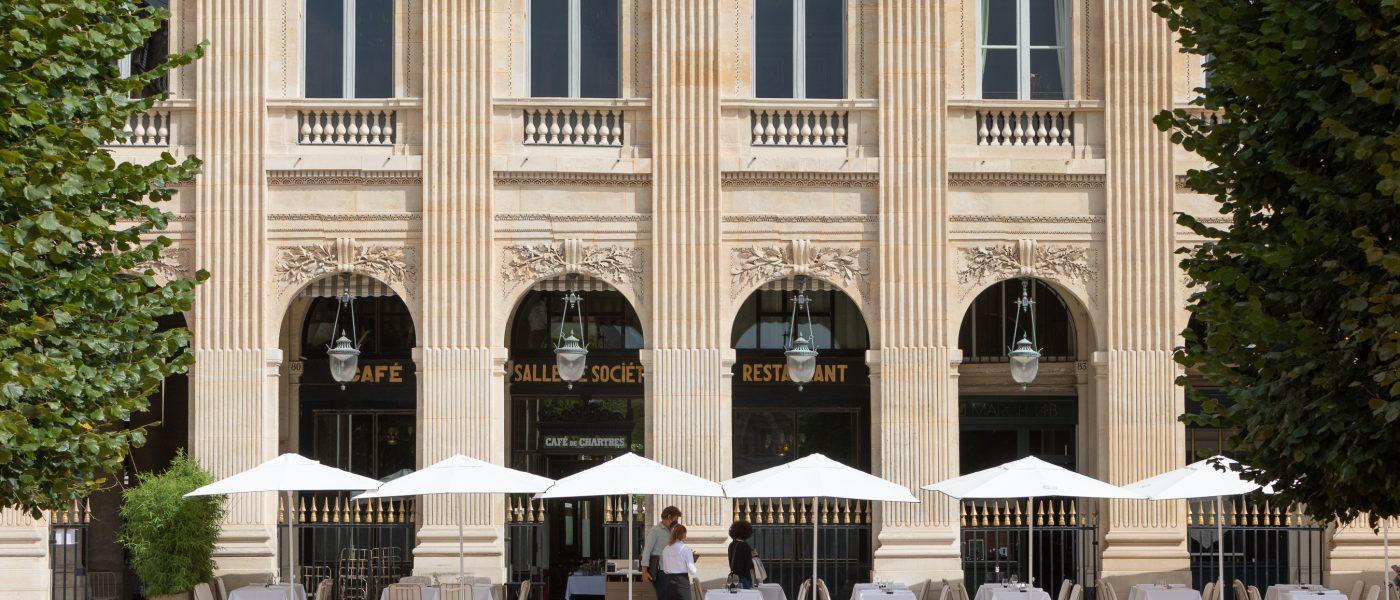 La Terrasse du Grand Véfour, «Un coeur qui bat dans les jardins du Palais Royal»