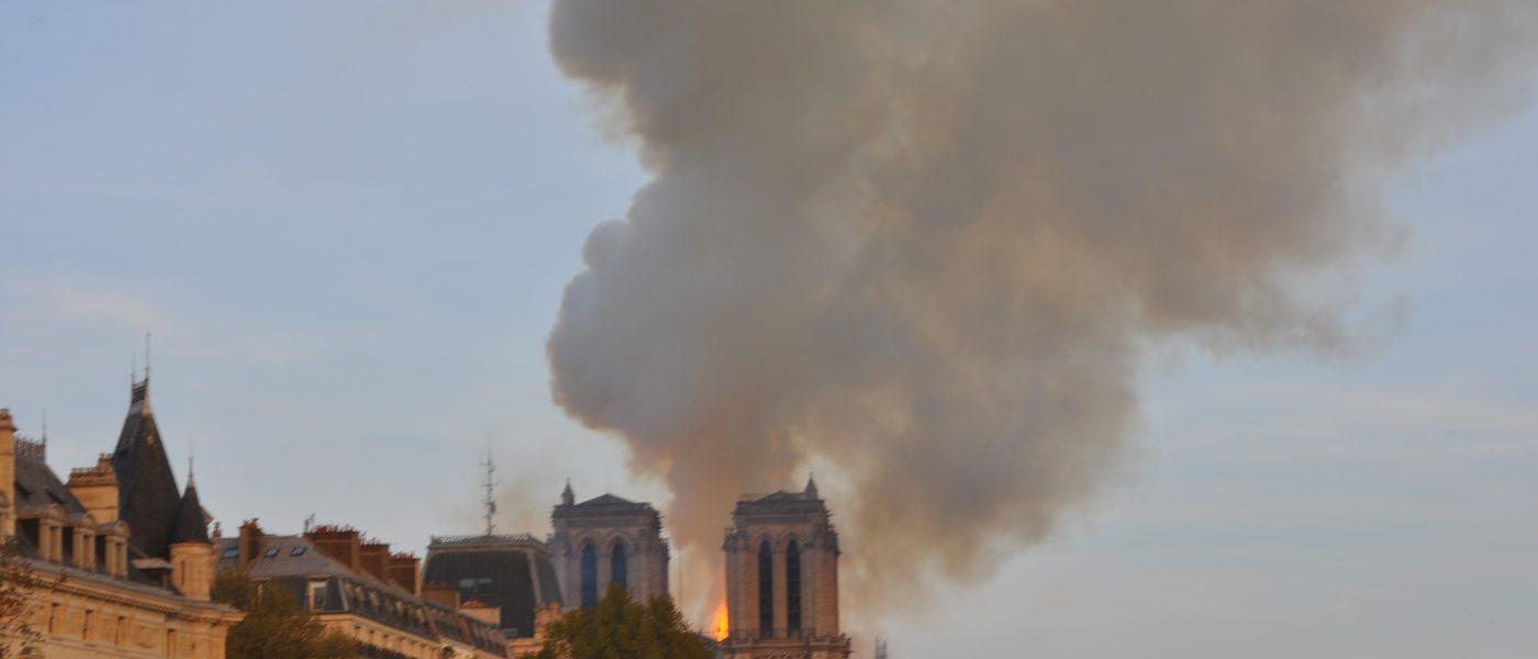 Notre-Dame de Paris : sous les cendres, l'espoir…