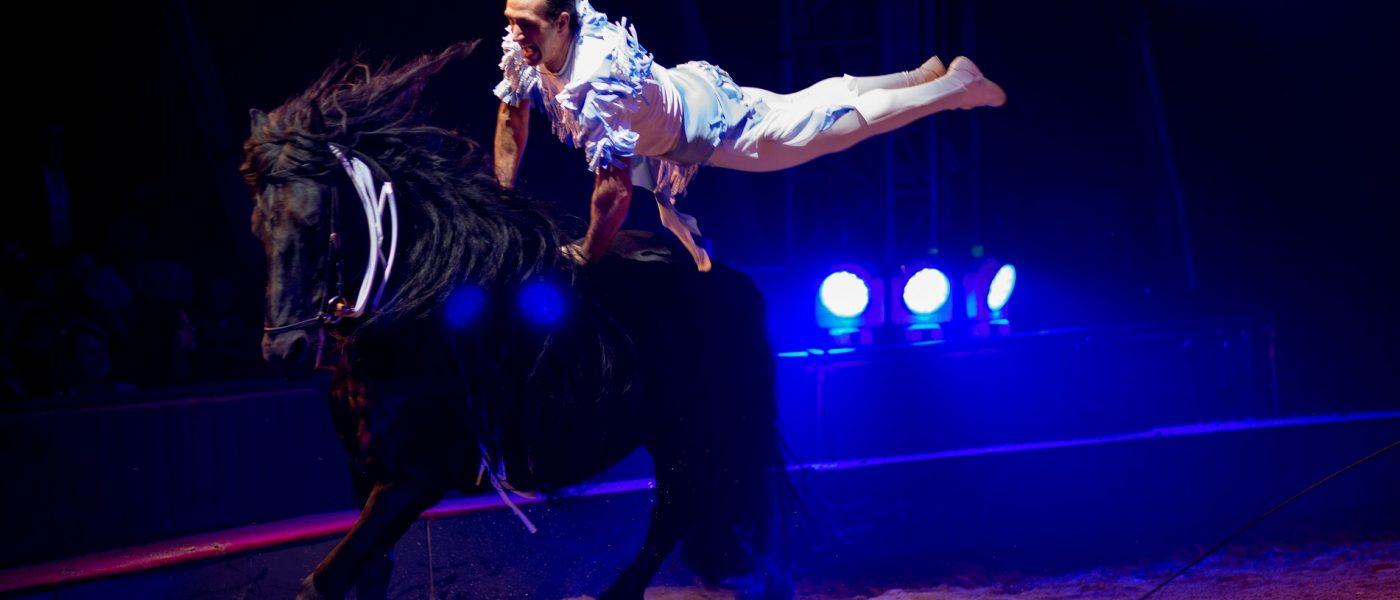 ORIGINES, un Show étonnant et détonnant du Cirque GRUSS